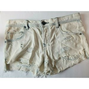 Free People destroyed denim cut off shorts 26